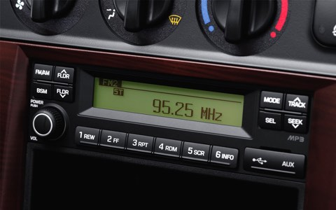 Hyundai-n250sl-2t5-hyundaitruongchinh (16)
